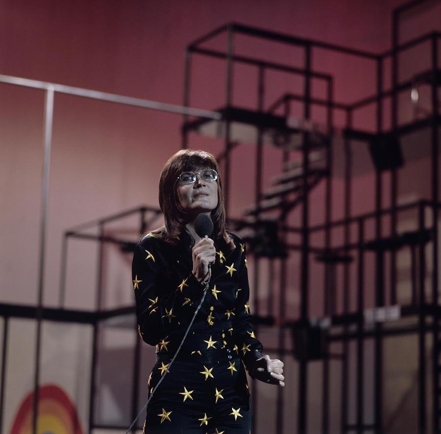Sandie Shaw Performs On Tv Show Photograph by Tony Russell
