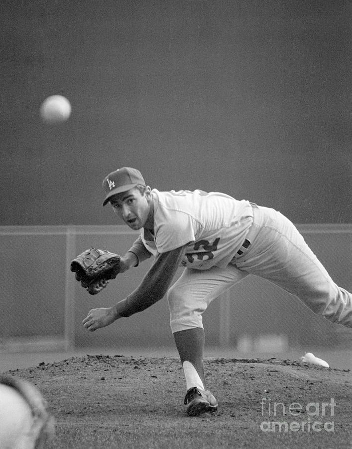 Sandy Koufax Pitching In 1965 World Photograph by Bettmann
