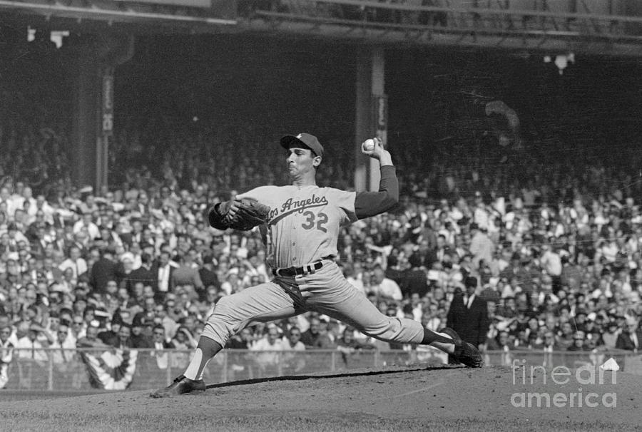 Sandy Koufax Pitching In World Series Photograph by Bettmann