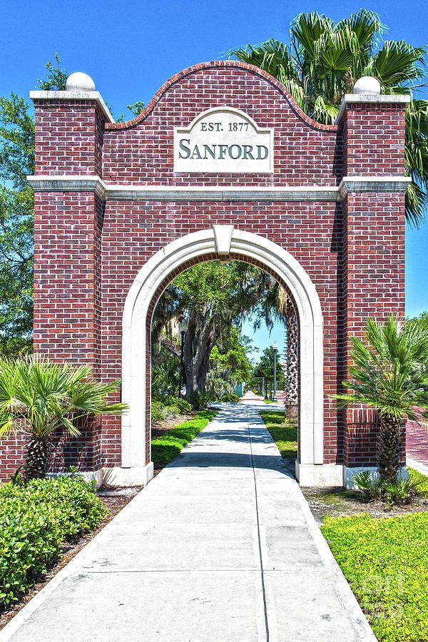 Sanford Arch-8010 by John Zawacki