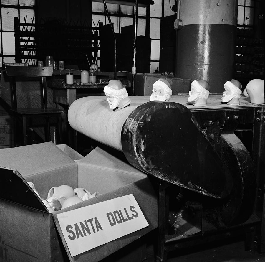 Santa Heads Photograph by Al Barry