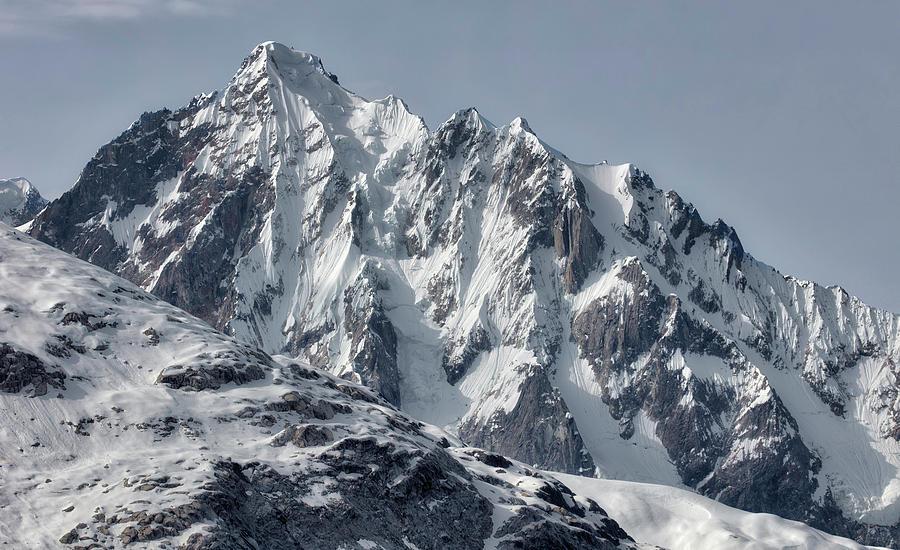 Sawtooth Mountain by David A Lane