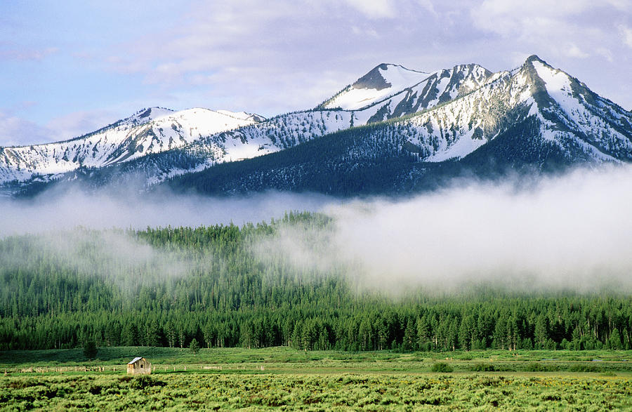 Sawtooth Mountains Photograph by John Elk