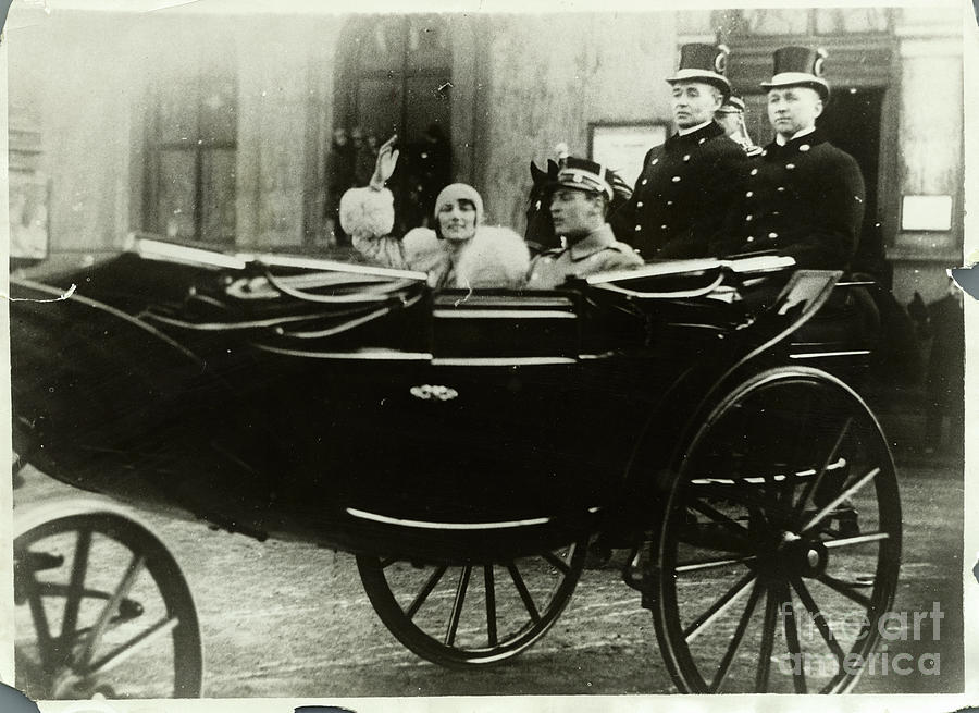 Scandinavian Royalty Riding In Carriage Photograph by Bettmann