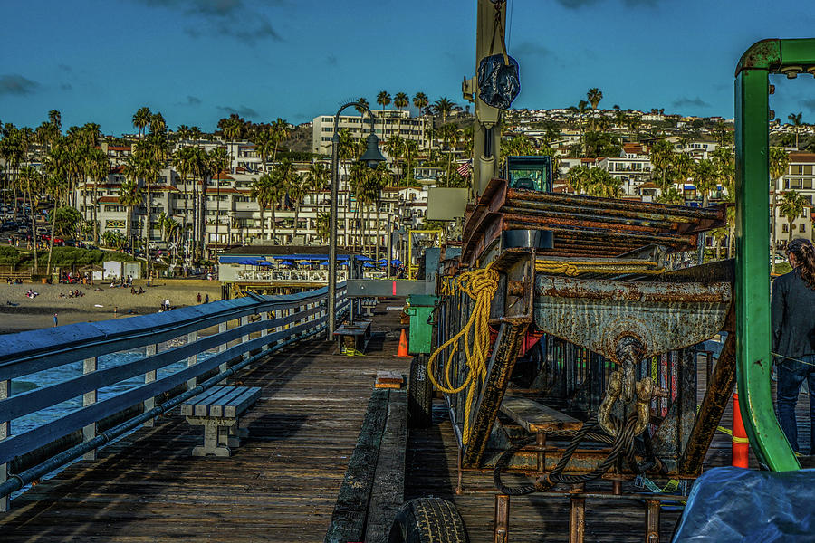 scene - beach front - construction by Kenneth James