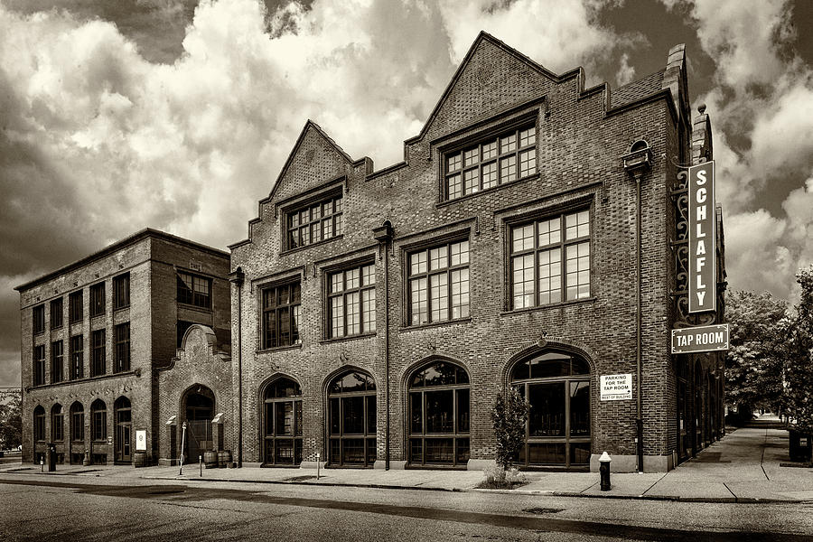 Schlafly Tap Room St Louis MO monotone-GRK4180-06022019 by Greg Kluempers