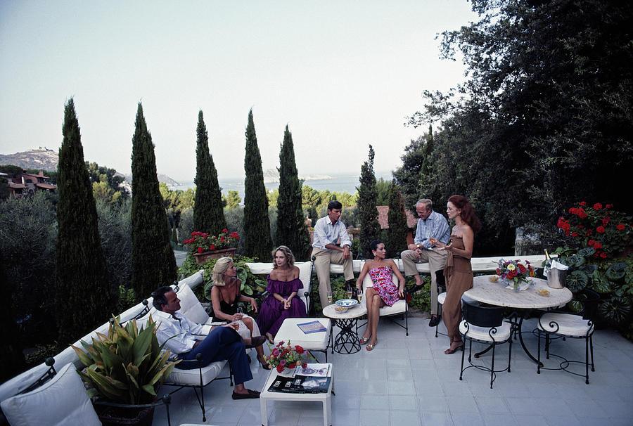 Scio Guests Photograph by Slim Aarons
