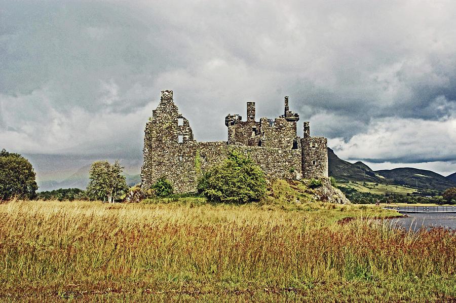 SCOTLAND. Loch Awe. Kilchurn Castle. by Lachlan Main