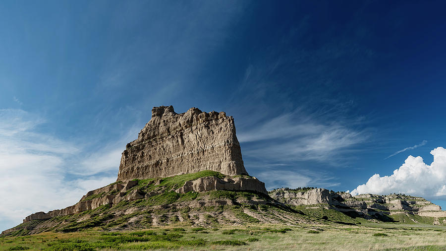 Scottsbluff National Monument in Nebraska by Art Whitton