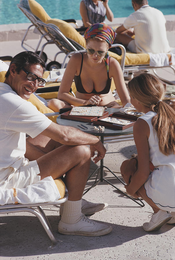 Scrabble In Palm Springs Photograph by Slim Aarons