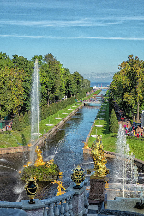 Sea Canal, Peterhof by Photos By Pharos