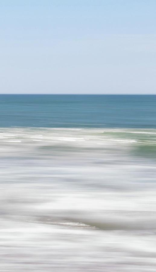 sea move 2 by Mache Del Campo