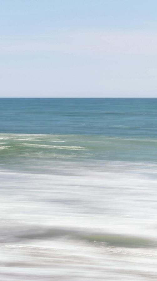 sea moves three by Mache Del Campo