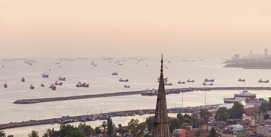 Sea Of Marmara At Istanbul Photograph by David Madison
