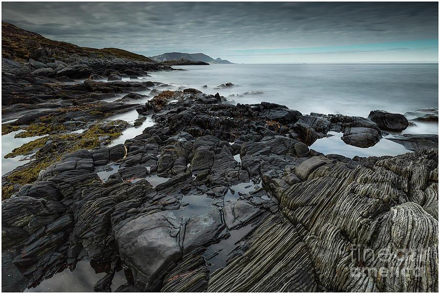 Seascape Photograph - Sea by Tomasz Slawinski