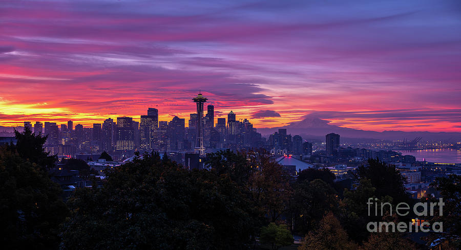 Seattle Fiery Sunrise From Kerry Park Photograph
