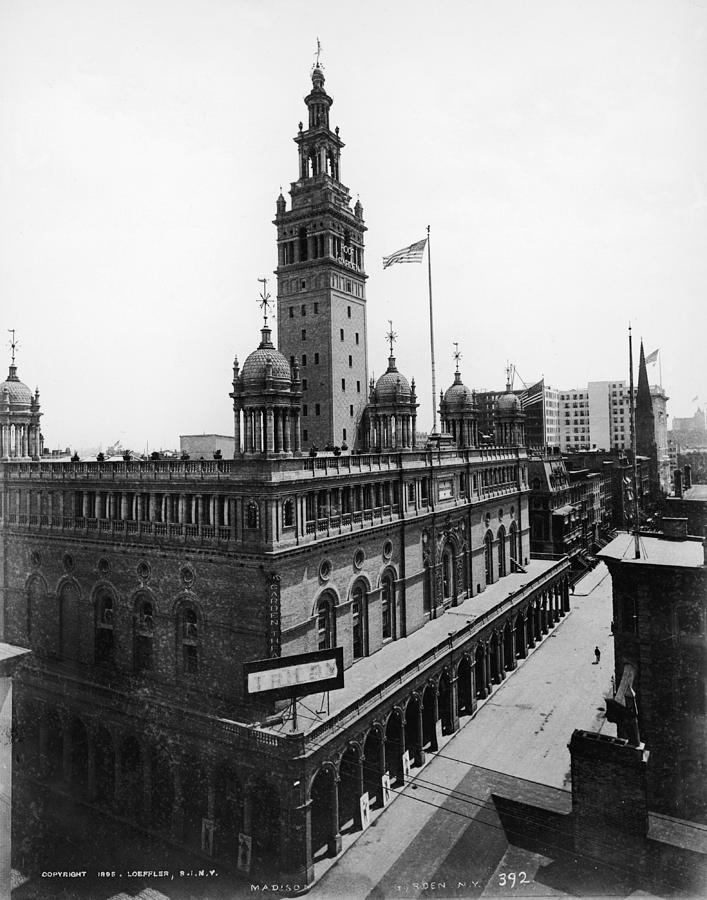 Second Madison Square Garden Exterior Photograph by Frederic Lewis