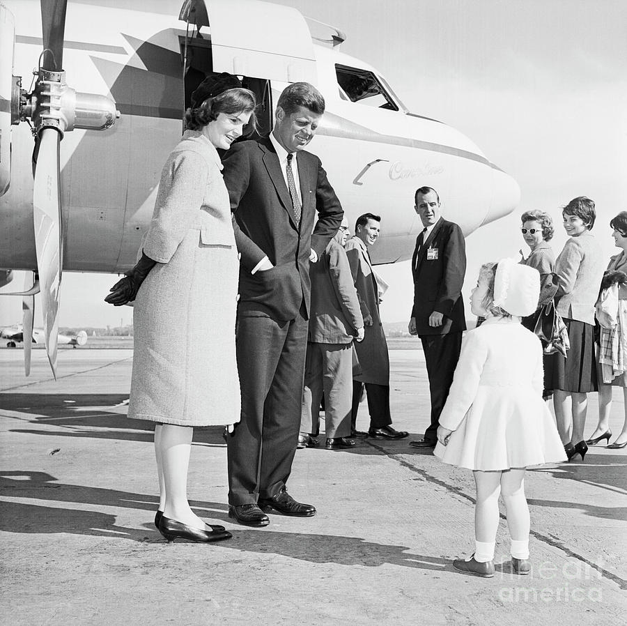 Senator John Kennedy Saying Goodbye Photograph by Bettmann