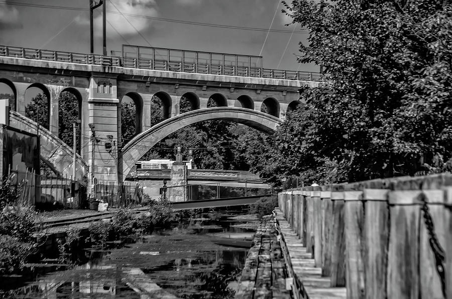 September Photograph - September On The Manayunk Canal In Black And White by Bill Cannon