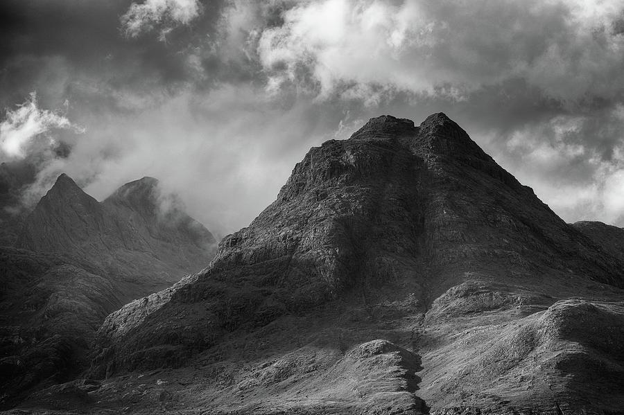 Elgol Photograph - Sgurr Na Stri by Grant Glendinning