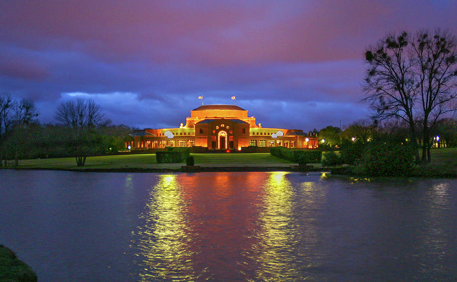 Shakespeare Theatre by Ronnie and Frances Howard