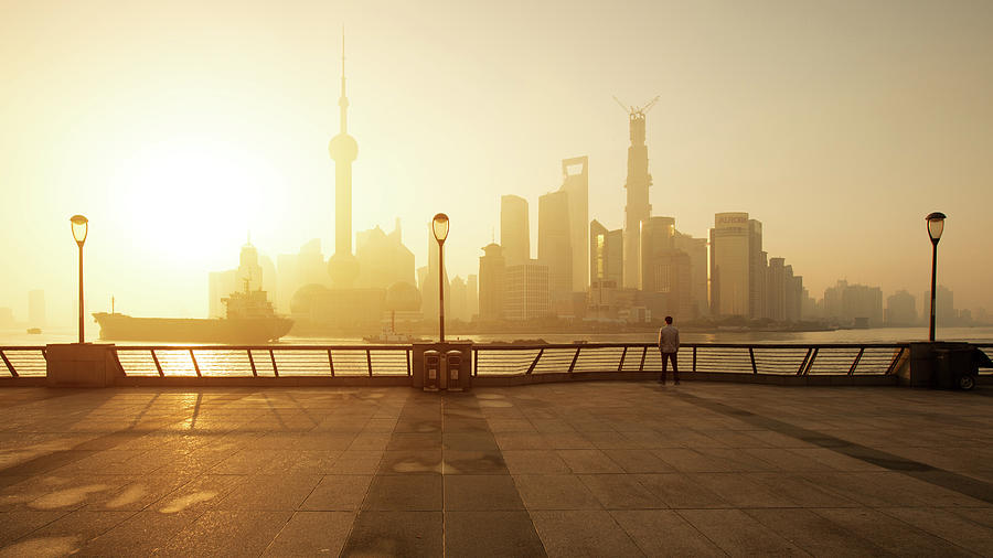 Shanghai Sunrise At Bund With Skyline Photograph by Spreephoto.de