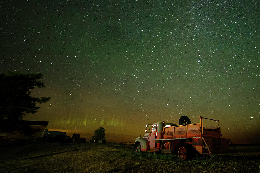Shaniko Green Aurora by Wes and Dotty Weber
