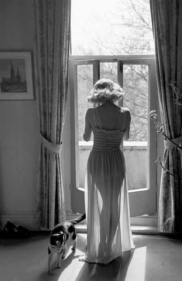 Shapely Nightie Photograph by Kurt Hutton