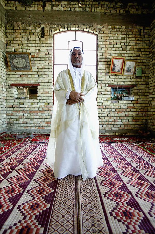 Sheik Fadel Mesrel Al-jumail Portrait Photograph by Brent Stirton