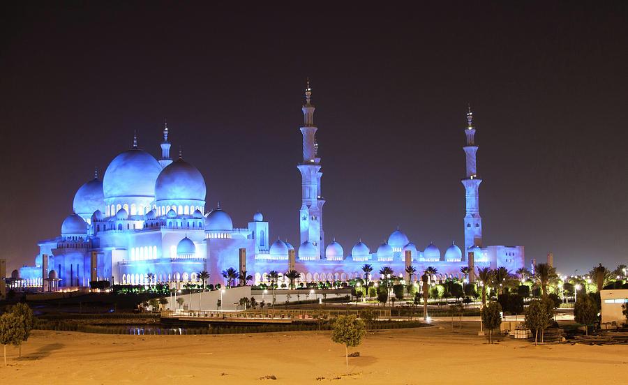 Sheikh Zayed Grand Mosque Photograph by Leonid Yaitskiy