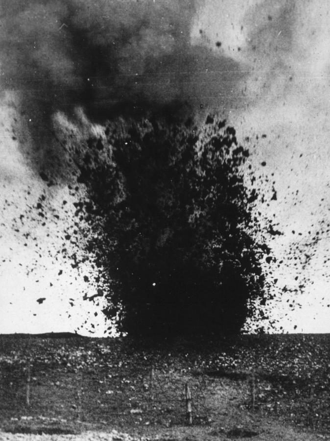 Shell Burst Photograph by Hulton Archive