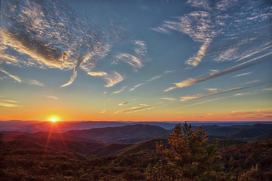 Shenandoah Photograph - Shenandoah Sunset by Zev Steinhardt