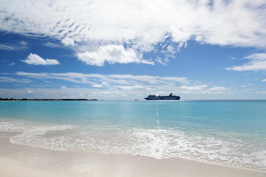 Shiny Cruise by Ramunas Bruzas