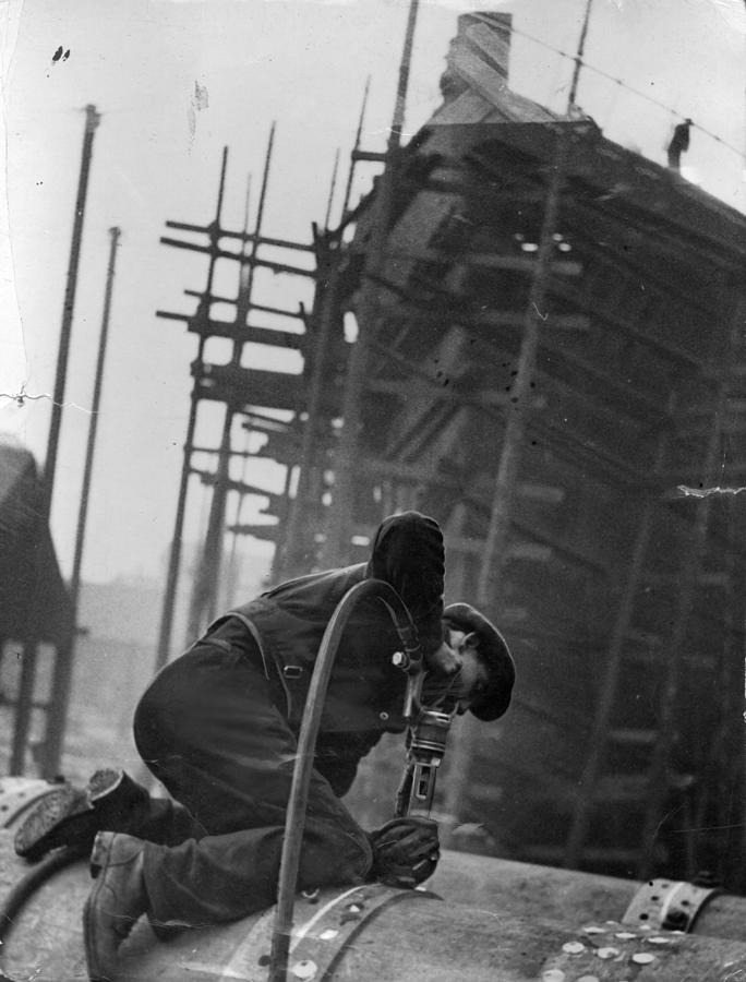 Shipyard Worker Photograph by Fox Photos
