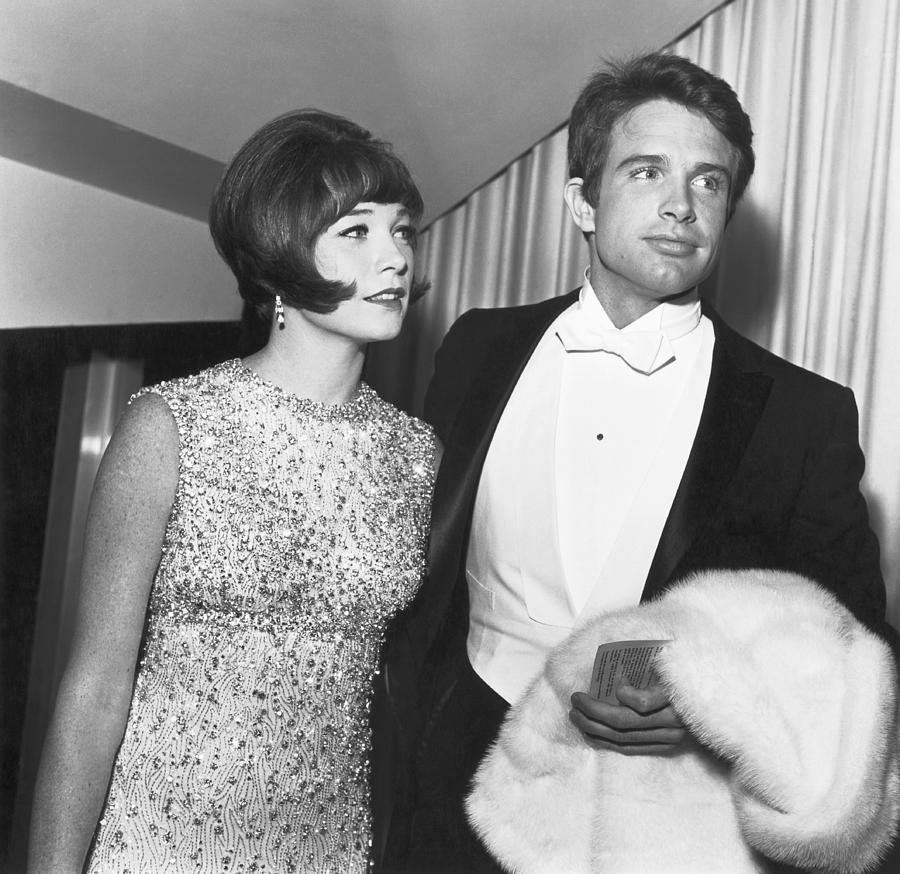 Shirley Maclaine And Warren Beatty Photograph by Michael Ochs Archives