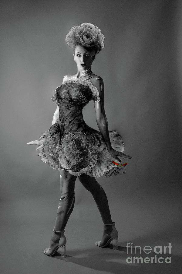 Show girl I by Afrodita Ellerman