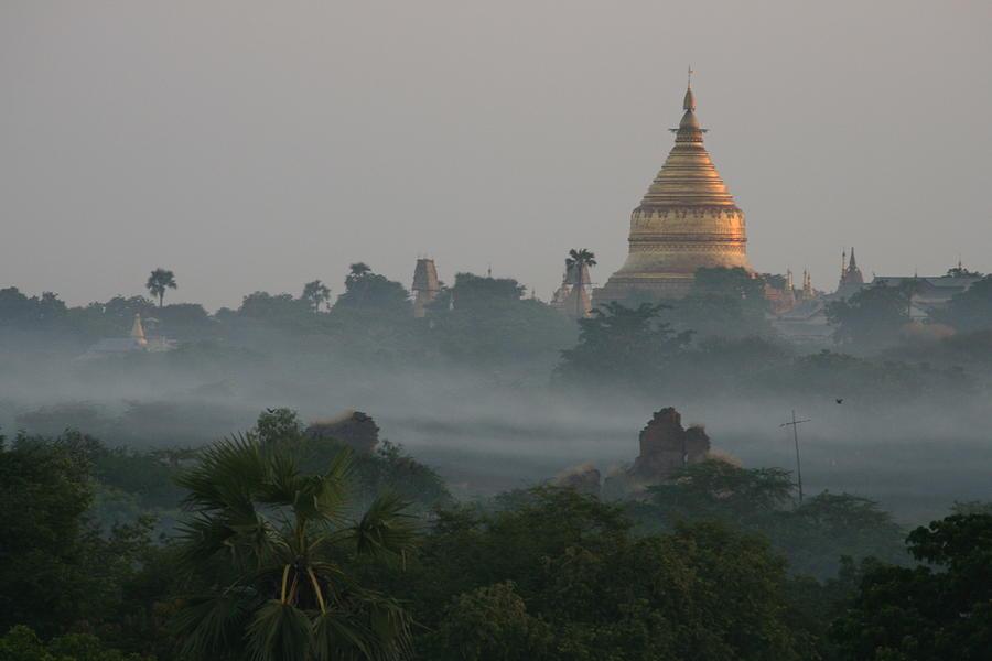 Shwezigon Pagoda, Bagan Photograph by Joe & Clair Carnegie / Libyan Soup