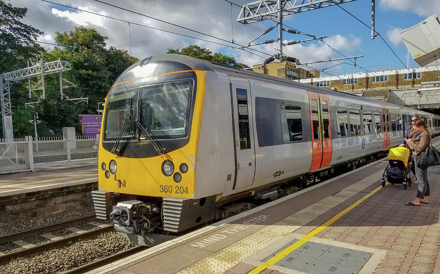 Siemens Mobility 360 Desiro Heathrow Connect Train by Jamie Baldwin