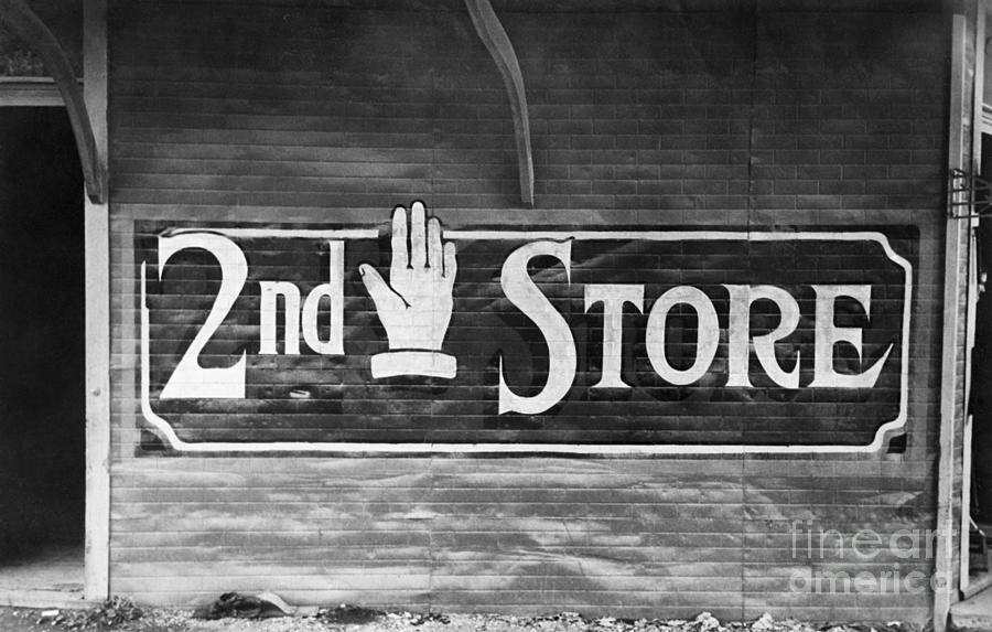 Sign Of A Secondhand Store Photograph by Bettmann