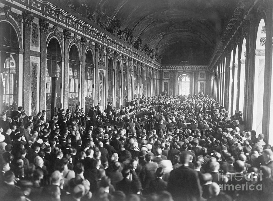 Signing Of Treaty Of Versallies Photograph by Bettmann