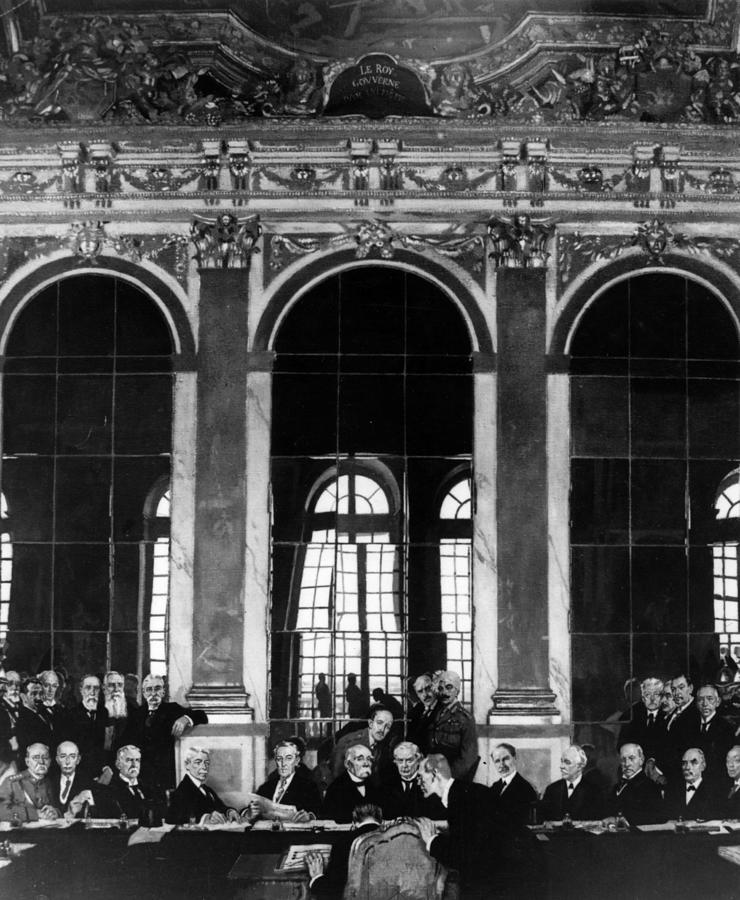 Signing The Treaty Of Versailles Photograph by Hulton Archive