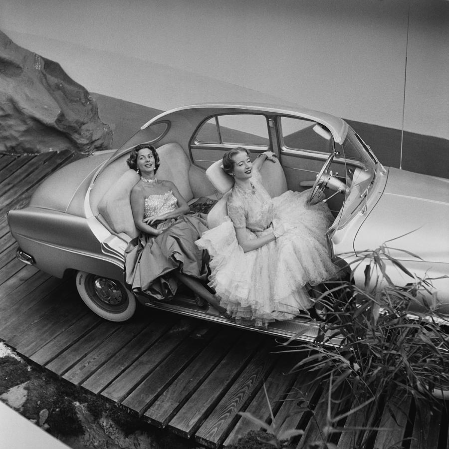 Simca Aronde Photograph by Thurston Hopkins