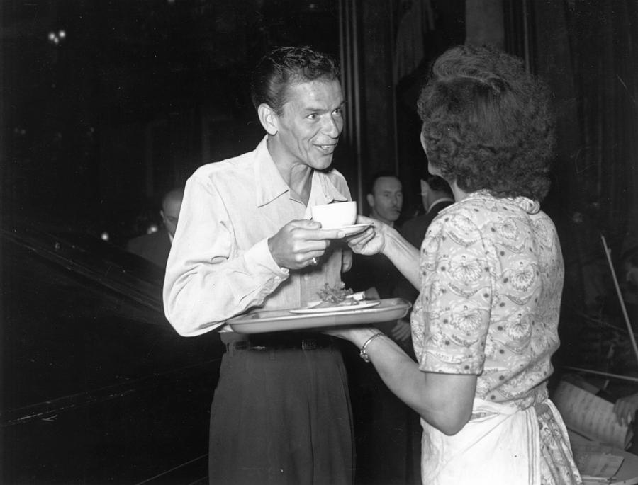Sinatra In London Photograph by Express Newspapers