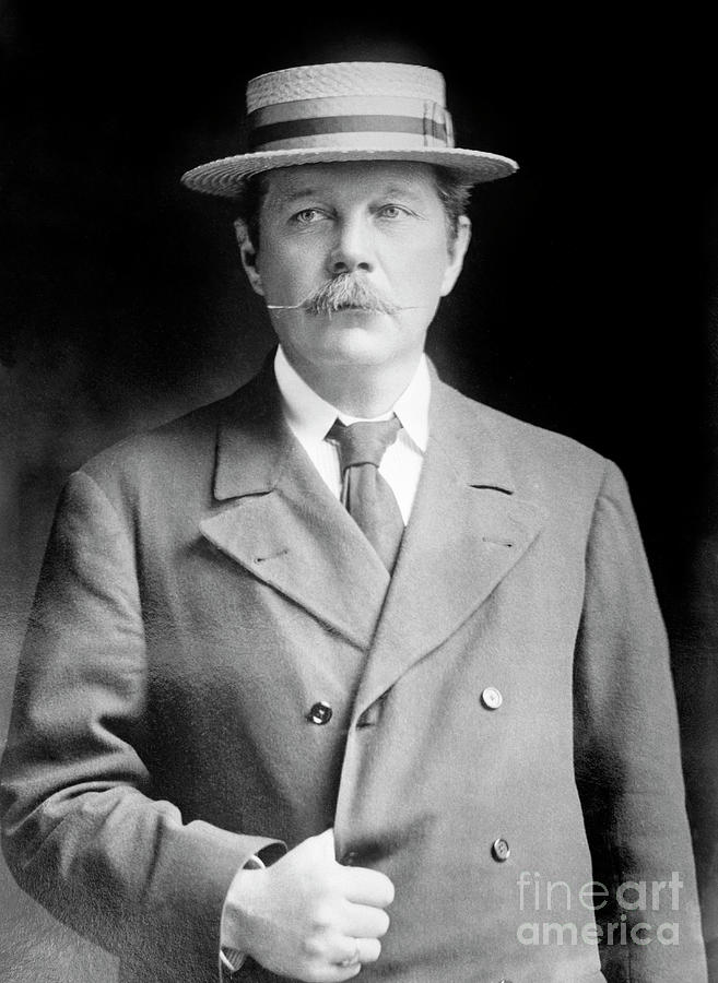Portraits Photograph - Sir Arthur Conan Doyle by Library Of Congress/science Photo Library