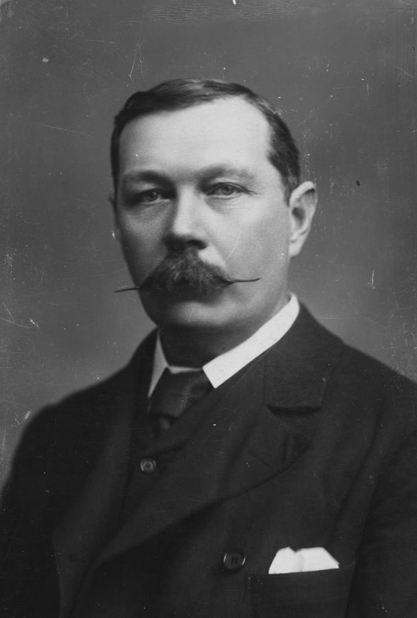 Sir Arthur Doyle Photograph by Hulton Archive