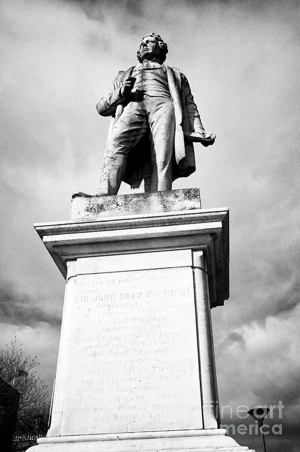 Statue Photograph - sir john gray memorial statue on oconnell street Dublin Republic of Ireland europe by Joe Fox