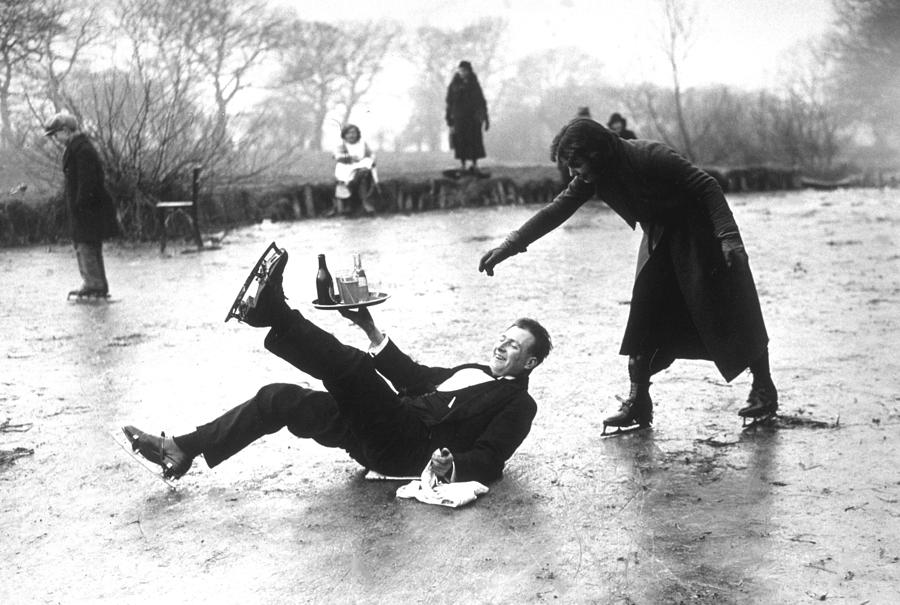 Skating Waiter Photograph by E. Dean