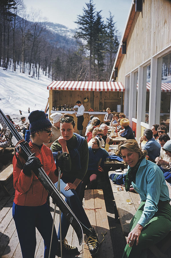 Ski Fashion At Sugarbush Photograph by Slim Aarons