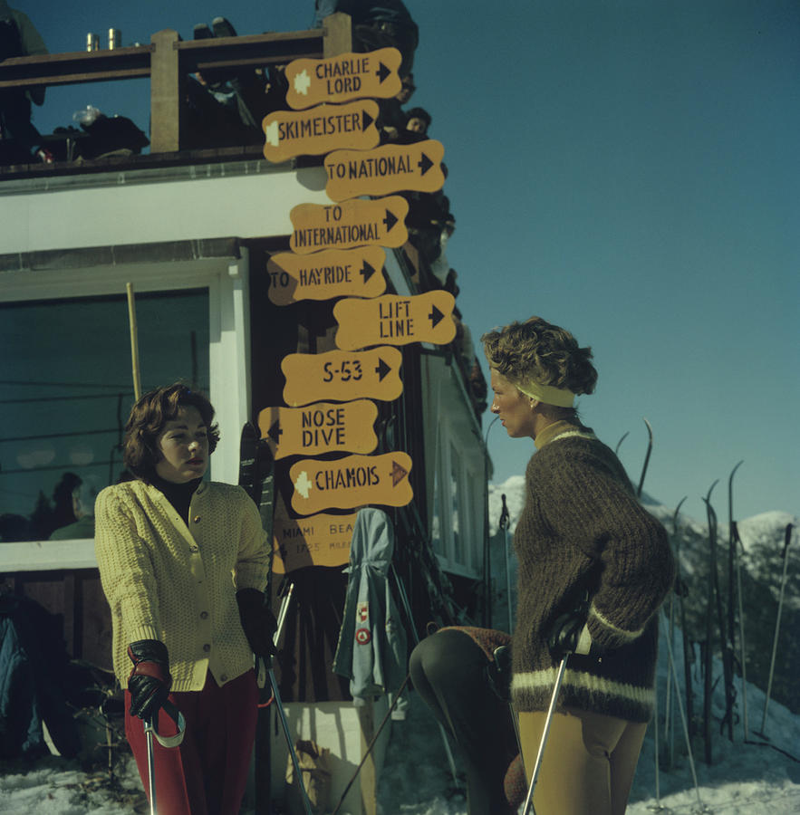 Skiing In Stowe Photograph by Slim Aarons