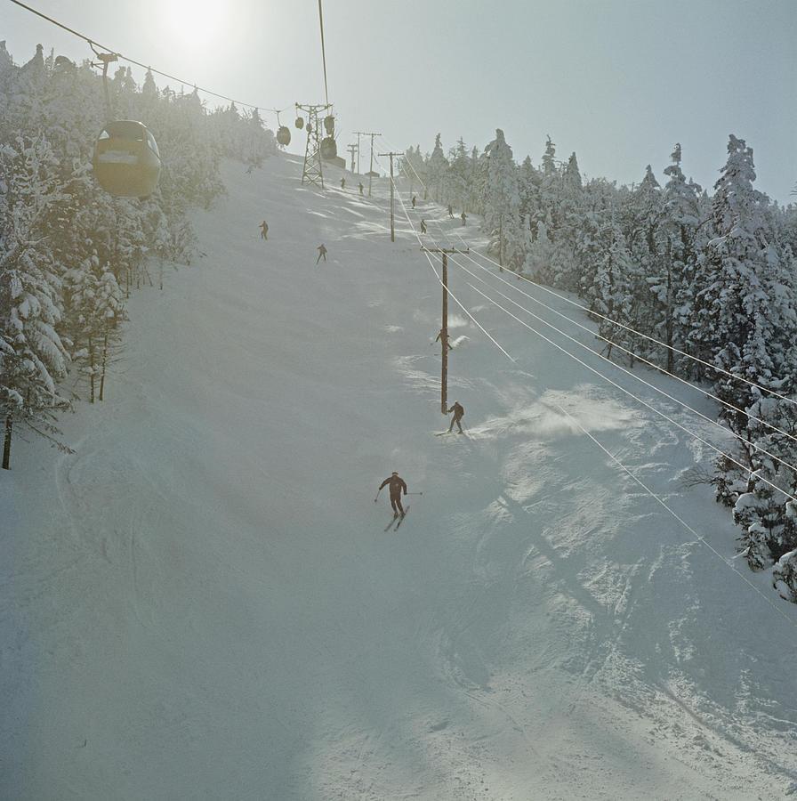 Skiing In Sugarbush Photograph by Slim Aarons